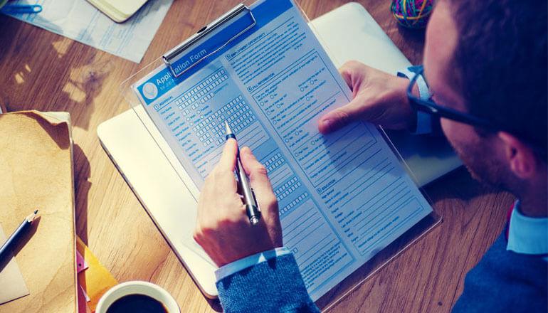"""HR-prieskumy  Ponúkame Vám HR-prieskumy, ktoré presahujú """"generické prieskumy"""" tým, že nevyužívame univerzálne dotazní..."""